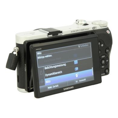 Samsung NX300 argent - Neuf