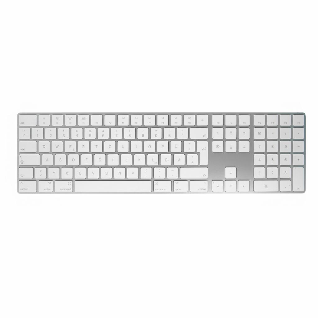 Apple Magic Keyboard QWERTZ mit Ziffernblock (A1843 / MQ052D/A) weiß - gut