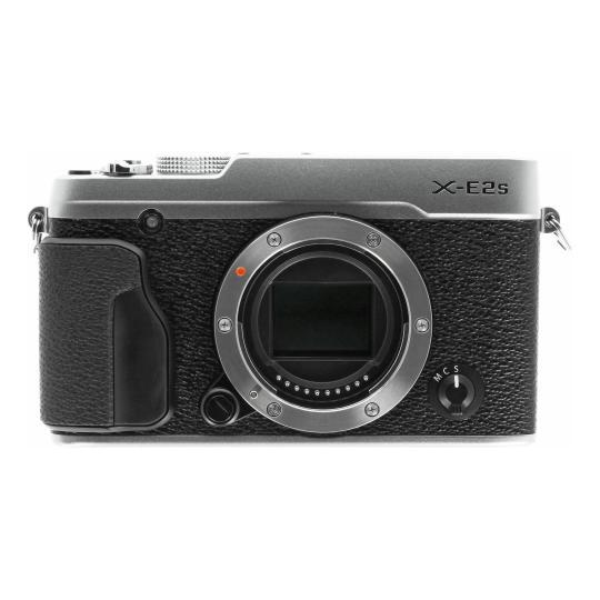 Fujifilm X-E2S Silber gut