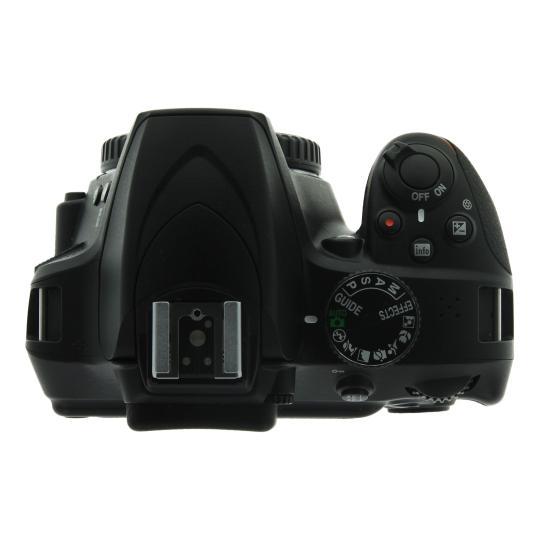 Nikon D3400 noir Bon